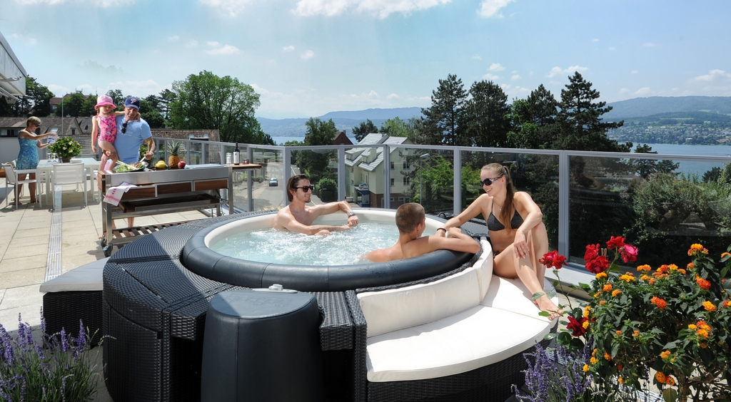 Softub hot tub to entertain family and friends